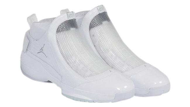 Kobe Air Jordan 19 White