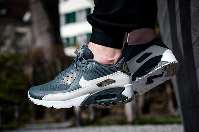 Nike Air Max 90 Ultra 2.0 Essential Blue Fox