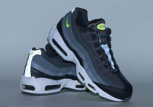 e020cac6fa Nike Air Max 95 Dark Grey Volt 749766-019 | SneakerFiles