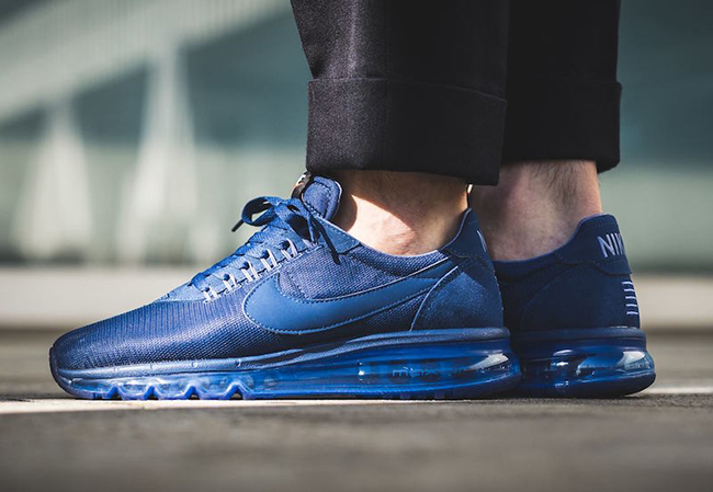 Nike Air Max LD-Zero Coastal Blue Blue Moon On Feet