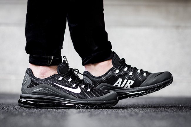Nike Air Max More Black White