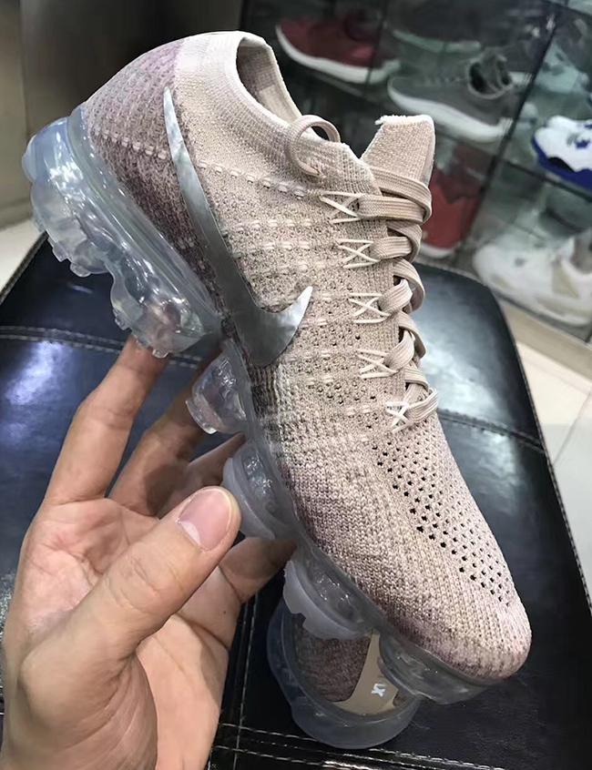 Women's Cheap Nike Air VaporMax Flyknit Day to Night 'Light Violet'. Cheap Nike