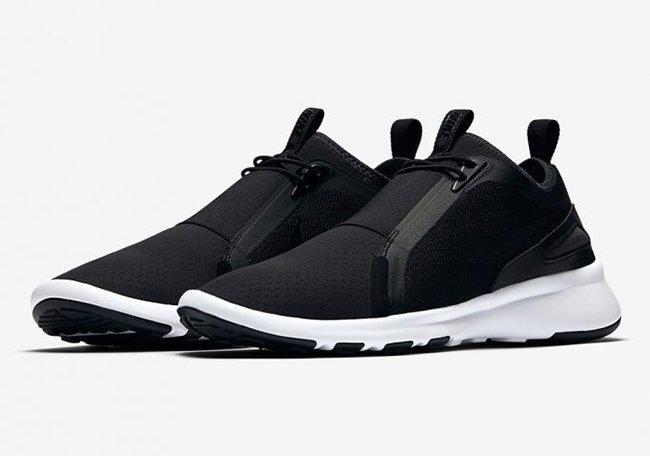 Nike Current Slip-On Black White Release Date