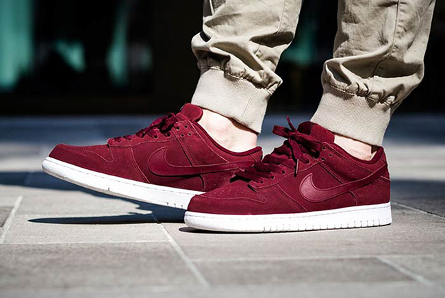 Nike Dunk Retro Low Team Red