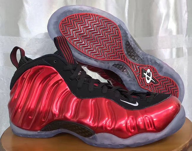 Nike Air Foamposite One EggplantAnie Tchad