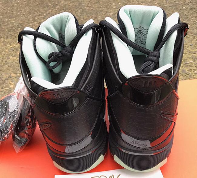 Nike LeBron 3 Glow in the Dark Retro Sample