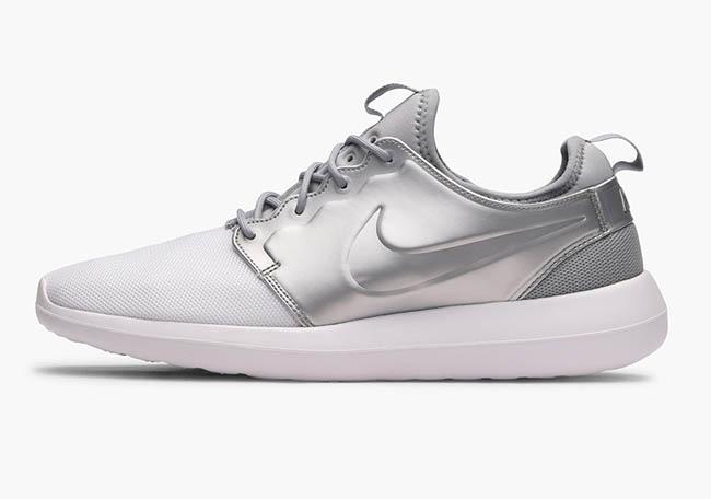 Nike Roshe Two Metallic Silver