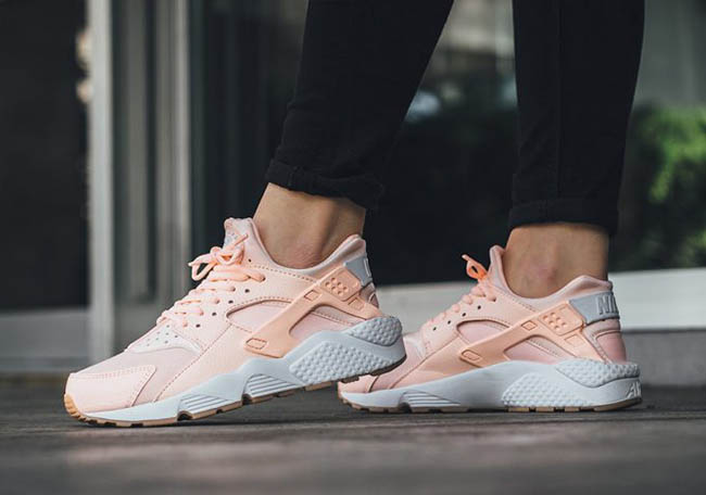 Nike Wmns Air Huarache Run Womens Sunset