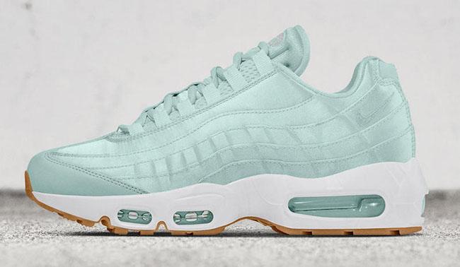 Nike WMNS Air Max 95 Fiberglass White Gum