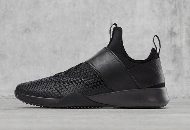 NikeLab Air Zoom Strong Black