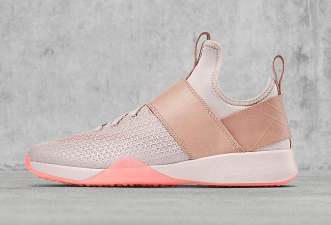 NikeLab Air Zoom Strong Light Pink
