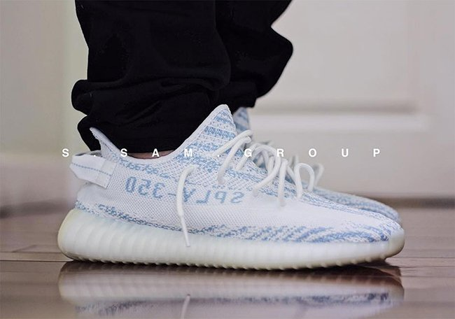 official photos 0d394 03f91 adidas Yeezy Boost 350 V2 Blue Zebra Release Date
