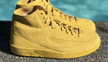 Air Jordan 2 Deconstructed Mineral Gold