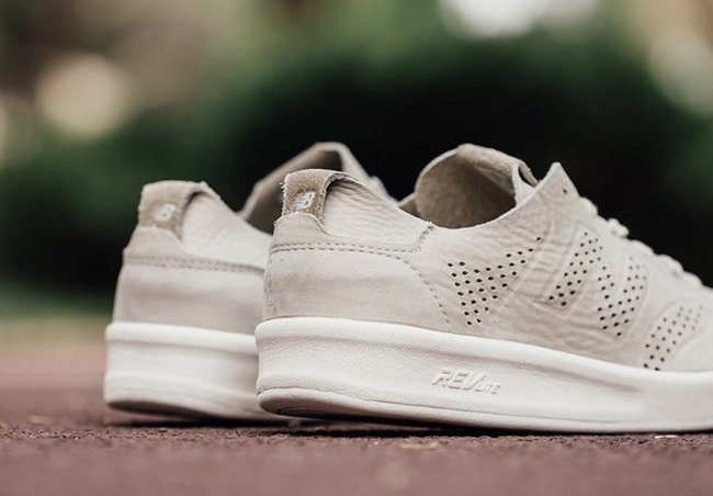 New Balance 300 Deconstructed Tan