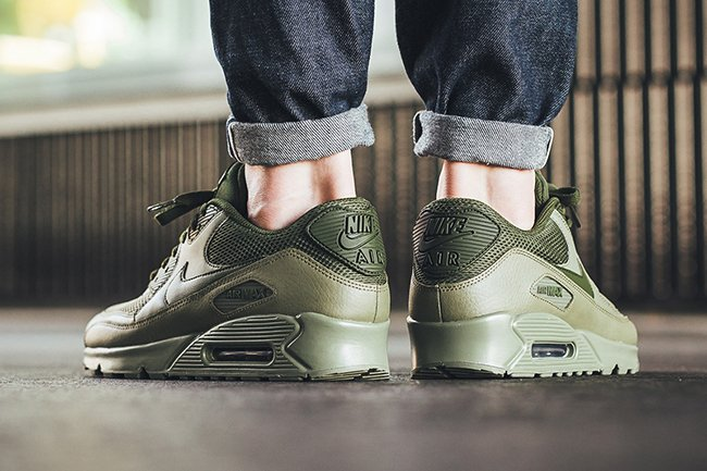 Nike Air Max 90 Essential Legion Green 537384 200 | SneakerFiles