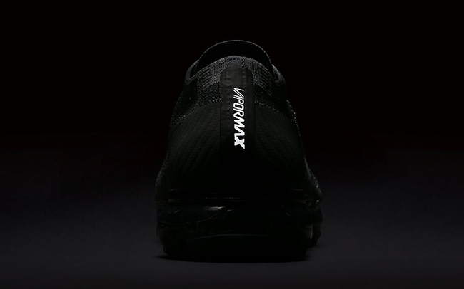 Nike Air VaporMax Triple Black 849558-007