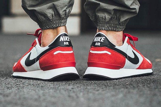 Nike Air Vortex Chicago Gym Red Black White