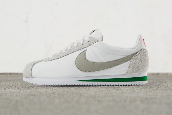 Nike Classic Cortez Nylon Premium in Ivory and Pine Green