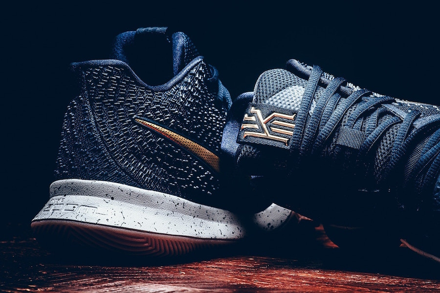 Nike Kyrie 3 Dark Obsidian Metallic Gold