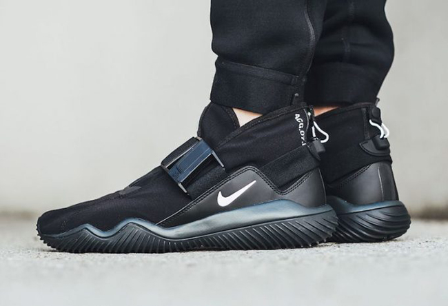NikeLab ACG 07 KMTR Black On Feet