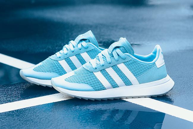 adidas Flahsback Ice Blue