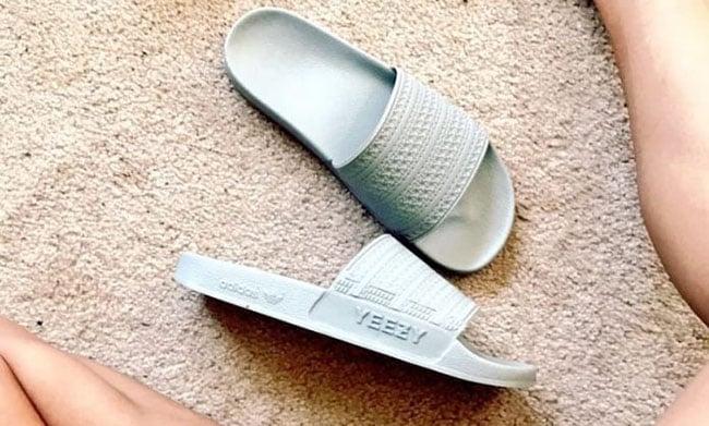 adidas YEEZY Slides Kanye West