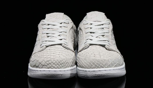 exquisite design great look huge inventory Air Jordan 1 Low Swooshless Off-White Python 872782-111 ...