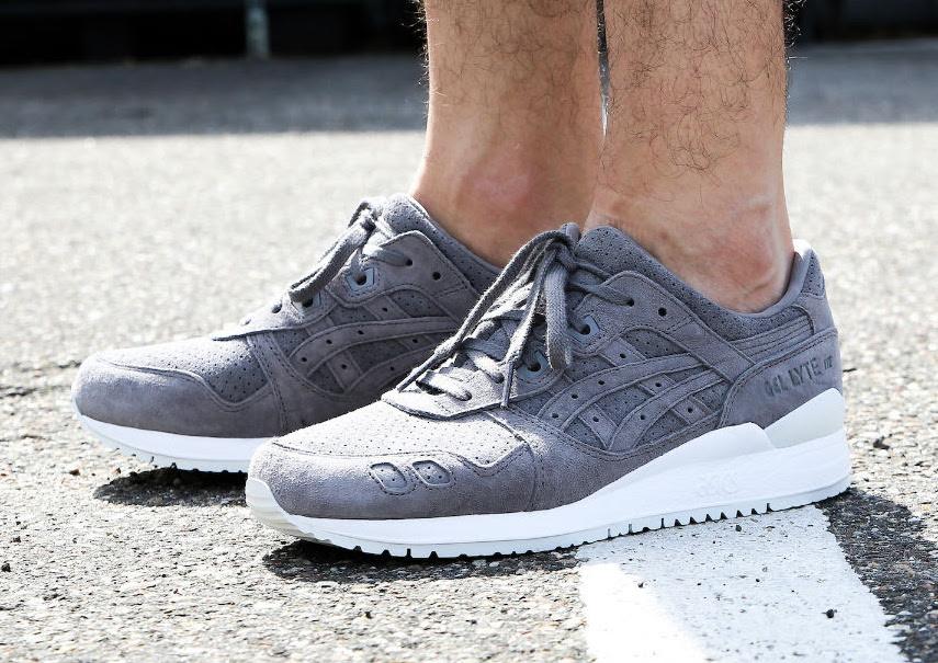 Asics Gel Lyte III Aluminum On Feet