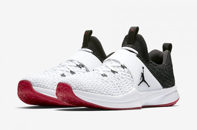 Jordan Trainer 2 Flyknit Chicago White Black Gym Red
