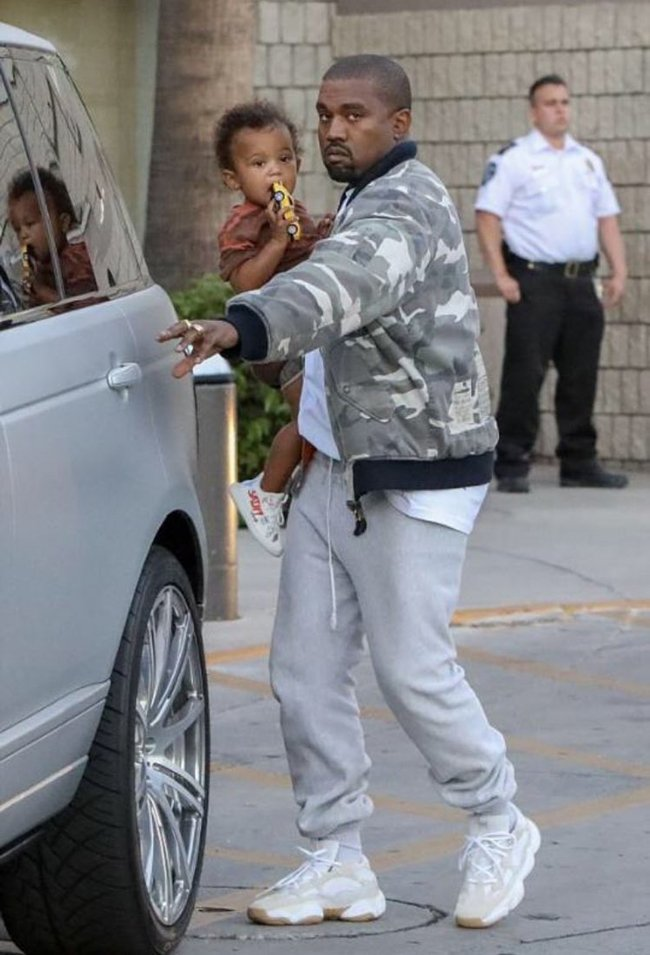 Kanye West Wearing Yeezy Runner Season 6