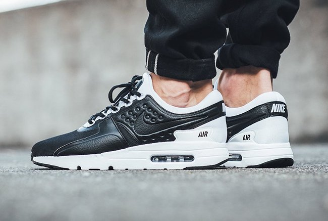 https://www.sneakerfiles.com/wp-content/uploads/2017/06/nike-air-max-zero-premium-black-white.jpg