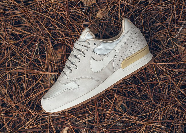 Nike Air Zoom Epic Luxe Light Bone