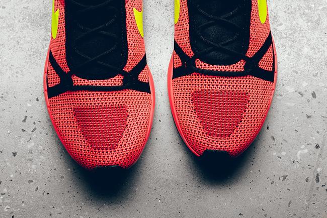 Nike Duel Racer Bright Crimson Volt