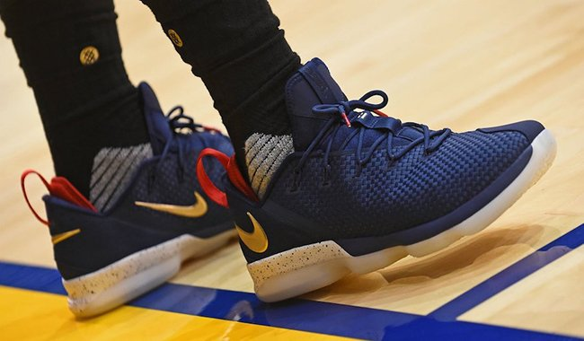 Nike LeBron 14 Low Cavs Blue Red Gold