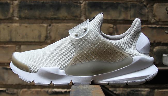 Nike Sock Dart SE Sail