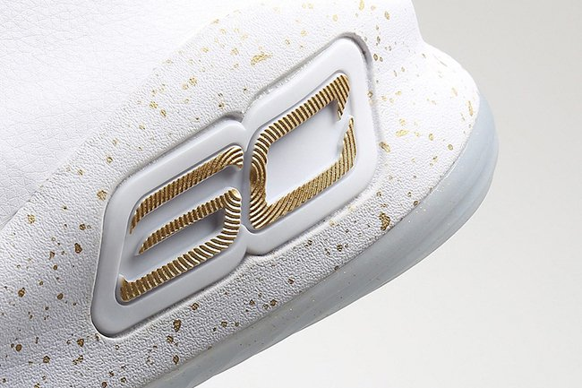 Under Armour Curry 4 Finals White Metallic Gold