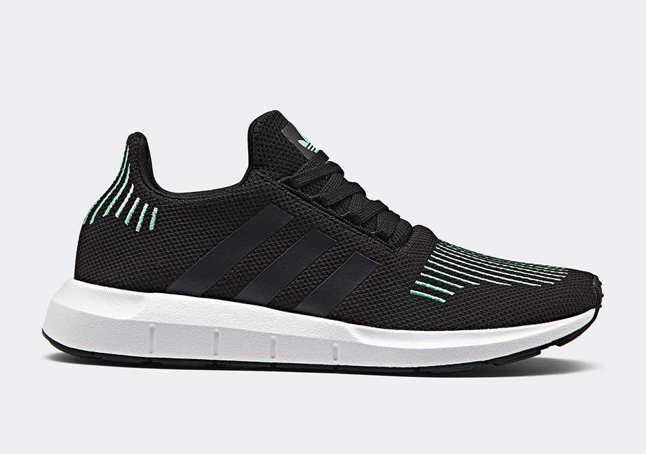 adidas Swift Run Black Green