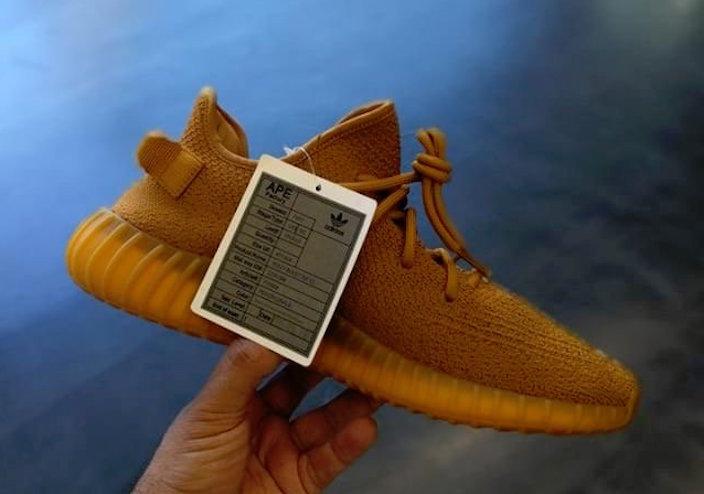 the latest 8c2b1 4b31d adidas Yeezy Boost 350 V2 Samples Gold Ochre