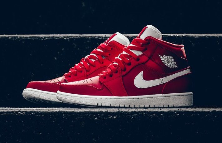 65dfd663029d Air Jordan 1 Mid Gym Red White 554724-600