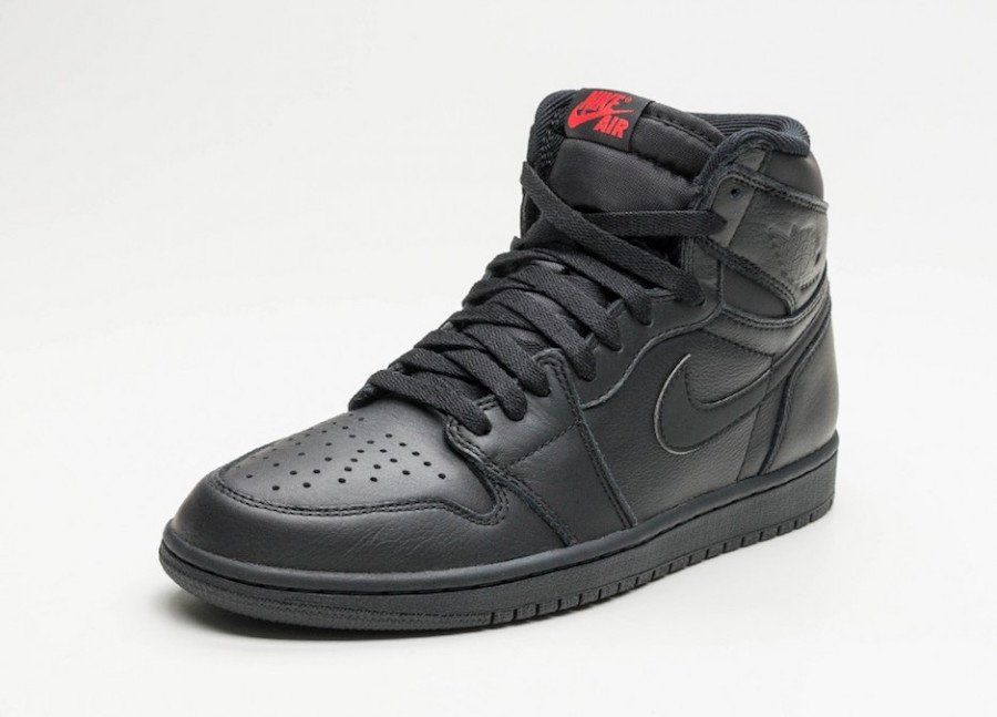 Air Jordan 1 Retro High OG Black Premium Essentials University Red 555088-022