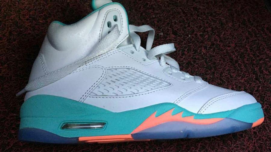 Prematuro paralelo mezcla  Air Jordan 5 GS Miami Release Date | SneakerFiles