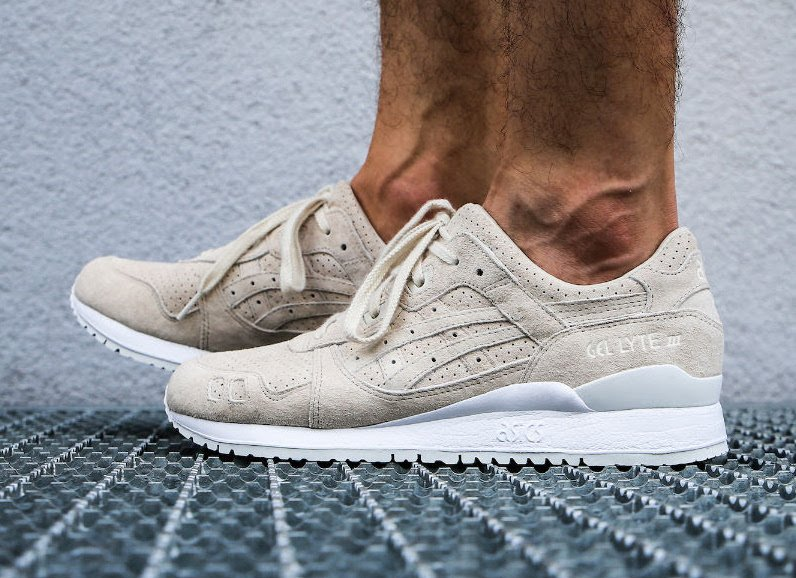 Asics Gel Lyte III Birch Suede On Feet