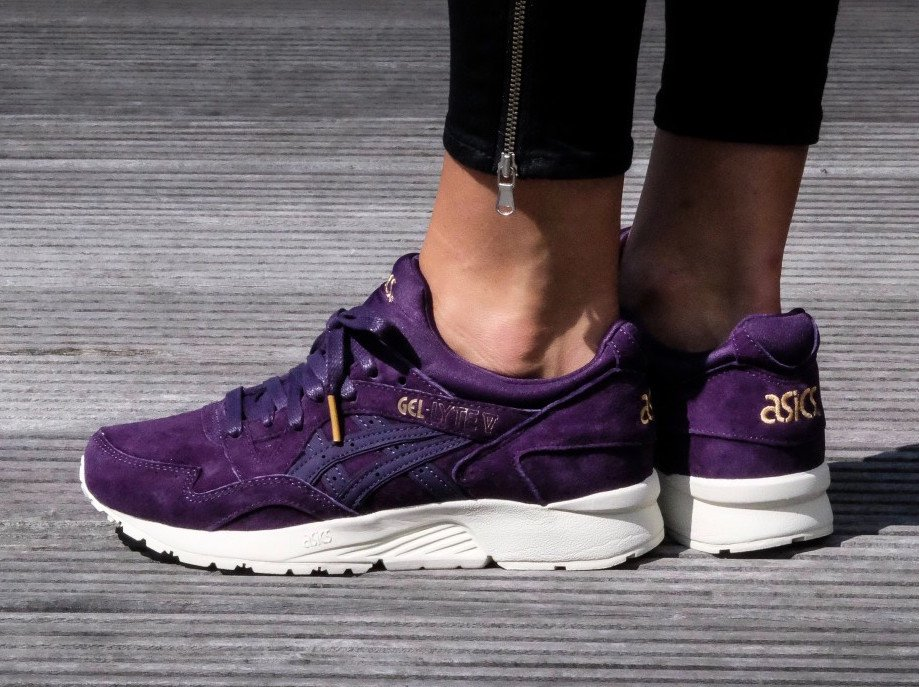 tout neuf 30f32 490f9 Asics Gel Lyte V Purple Suede Gold | SneakerFiles