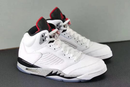 Cement Jordan 5 Retro