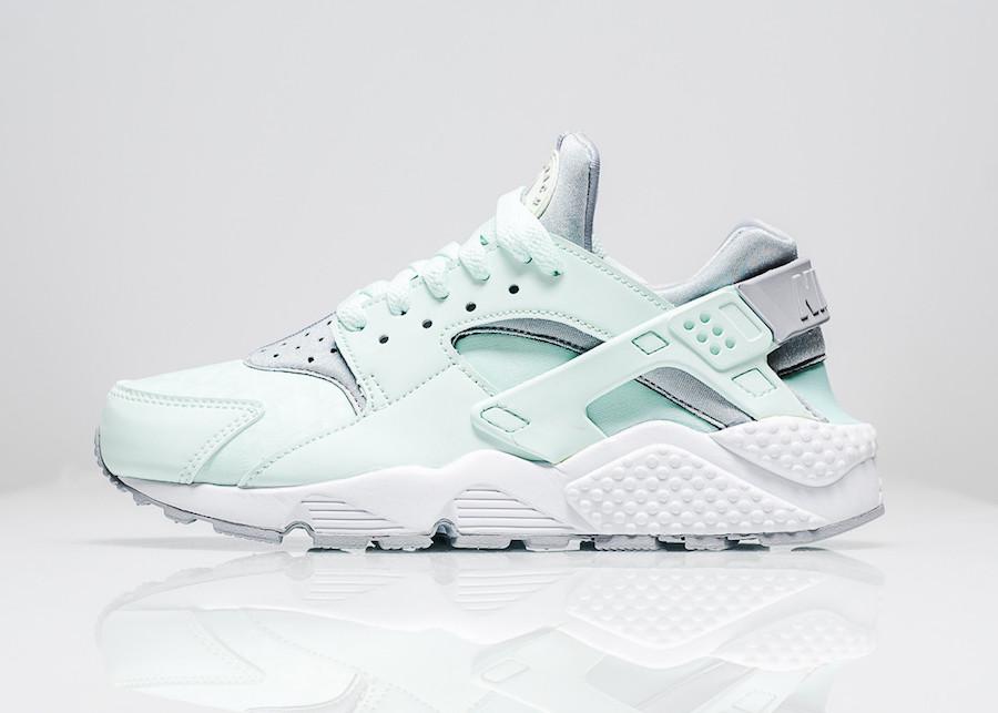 Nike Air Huarache Igloo