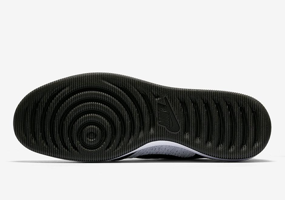 Nike Dunk Low Flyknit White Black