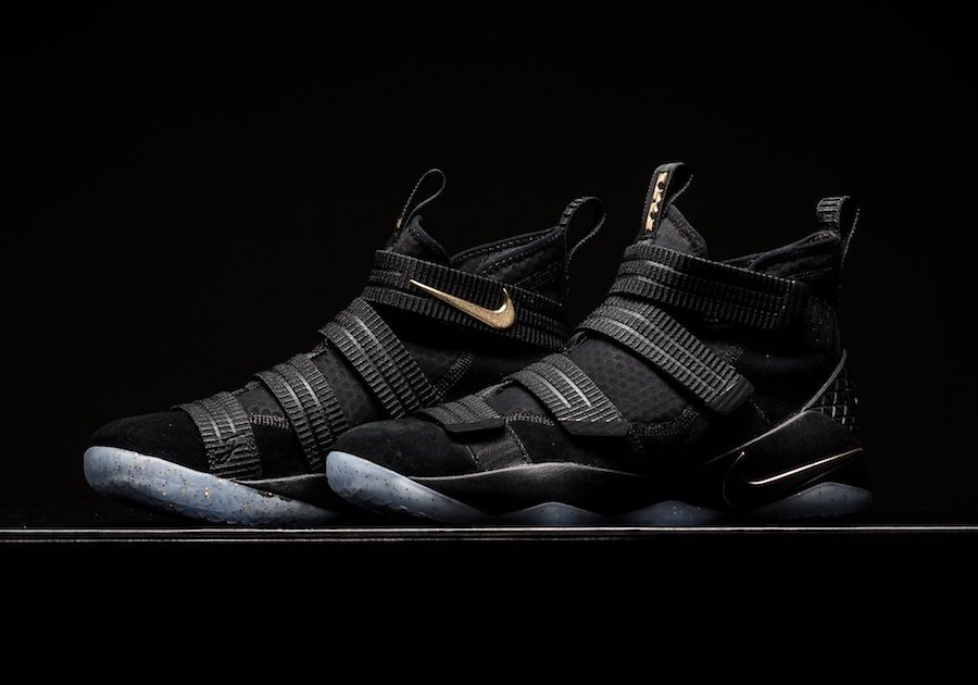 5f96eb1e77092 Nike LeBron Soldier 11 Finals Black Gold 897647-002