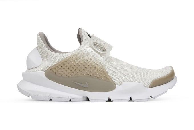 Nike Sock Dart Cobblestone Sail 911404-100