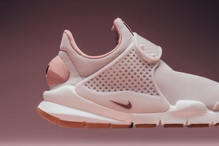 Nike Sock Dart Premium 'Siltstone Red'