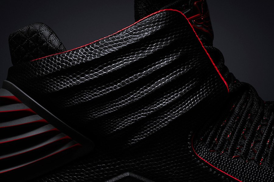 Air Jordan 32 Bred Black Red AA1253-001